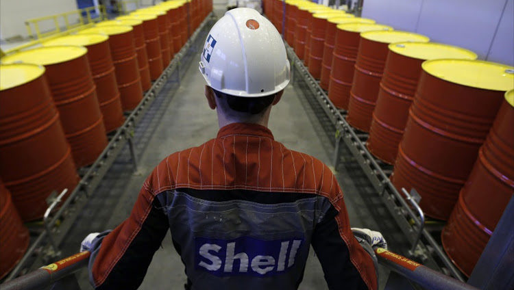 Shell looks beyond petrol to secure future of refining